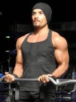 romy-rafael-body-muscle