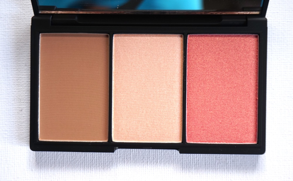 Sleek MakeUP Face Form in Light Review + Swatch | The Beauty Junkee