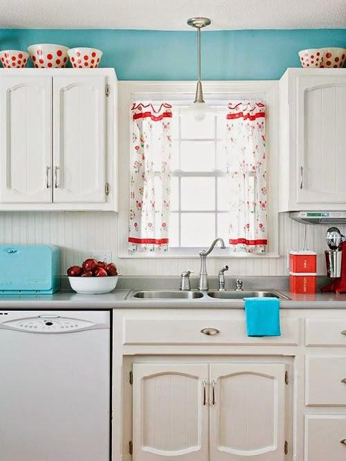 aranżacje kuchenne retro, kitchen, klasyczne, Kuchnia i jadalnie, lat 50-tych, lata 60-te, sprzęt AGD, sprzęty kuchenne, styl retro, styl vintage, 60's, 50's, smeg,