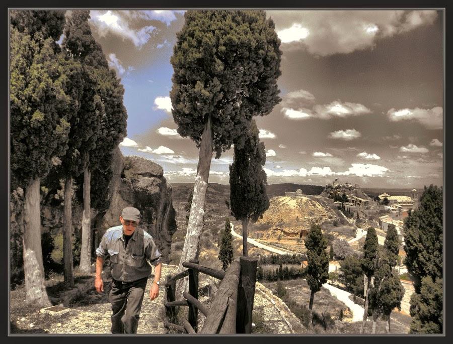 SANTUARIO-LA FRESNEDA-MAESTRAZGO-TERUEL-ESPAÑA-SUBIDA-PAISAJES-VIAJAR-FOTOS-PINTOR-ERNEST DESCALS