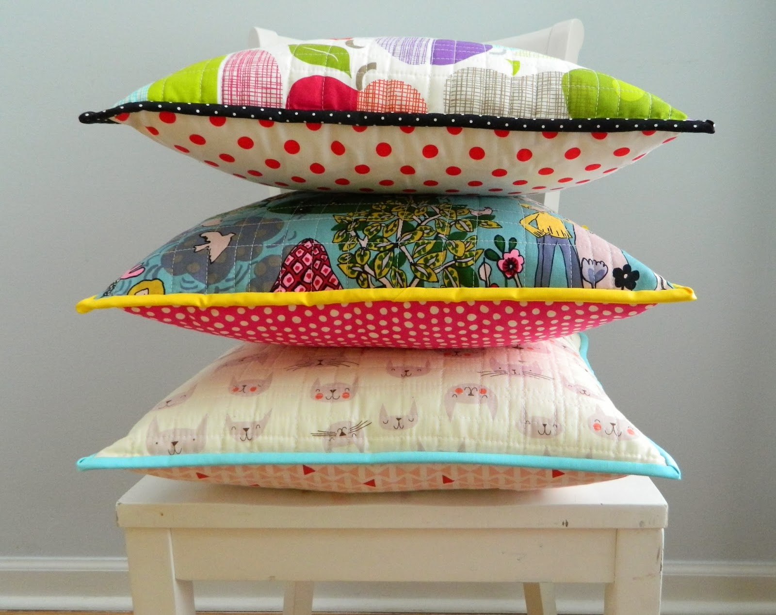 Pillow Cover Design Tutorial: s o t a k handmade  whole cloth quilted pillow cover {a tutorial},