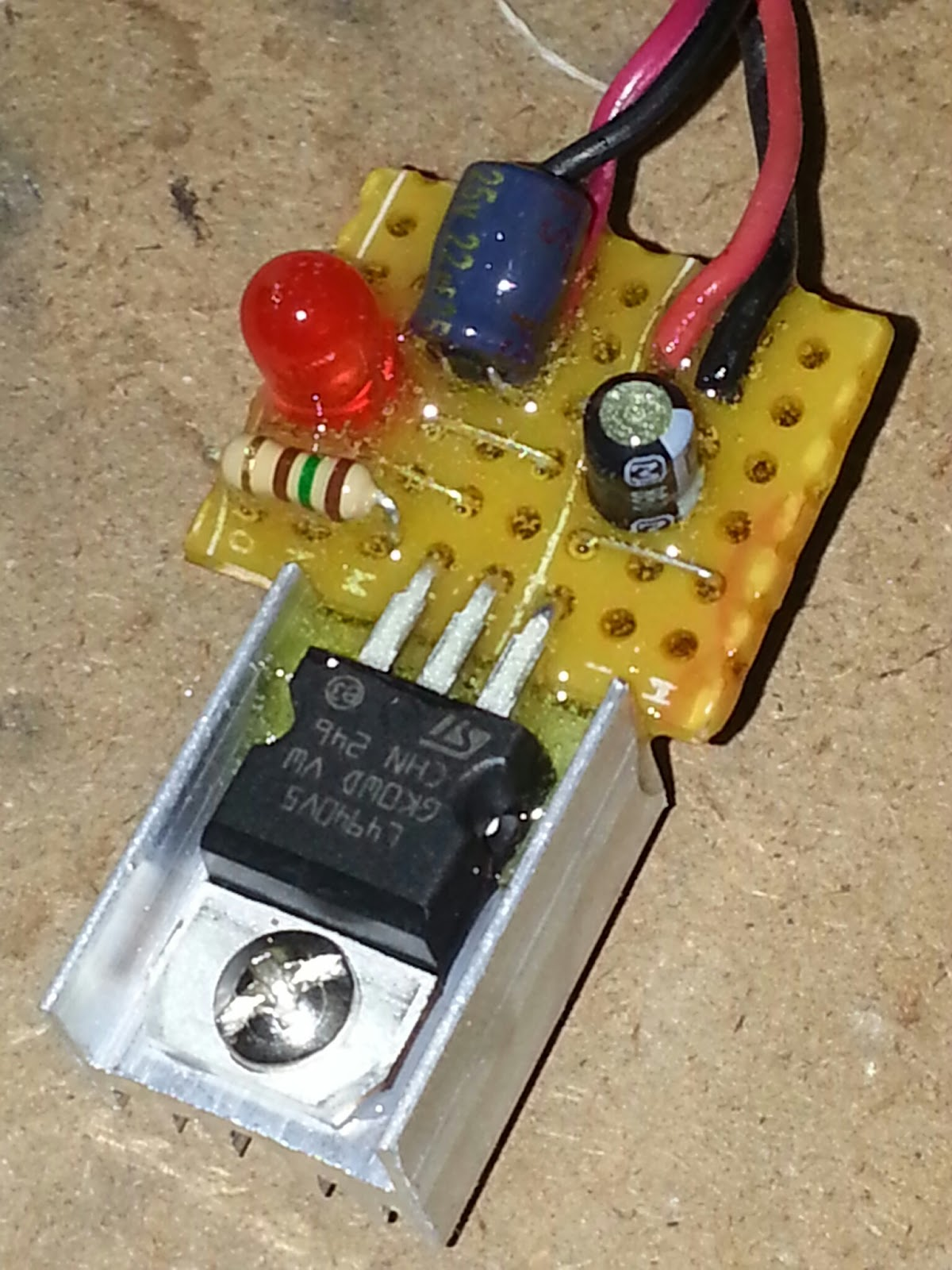 Kaysee Rc World Simple Diy 5v Bec Box Mod Wiring Diagram This Picture Showing Not 7805