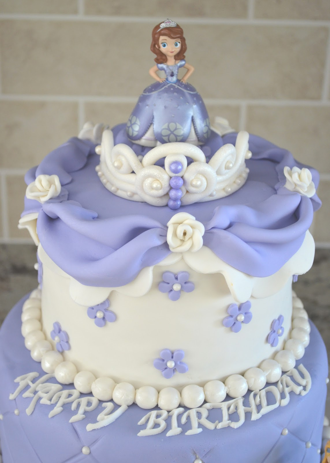 Sofia The First Cake Design Goldilocks : Birthday Ideas on Pinterest