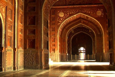 interior design of taj Mahal