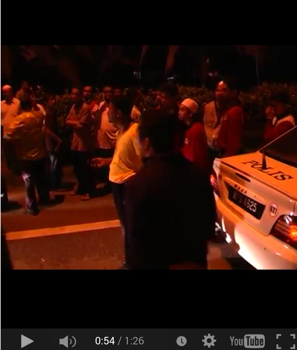VIDEO Mat Sabu Dan Penyokong Meroyan Ketika Ditahan Polis