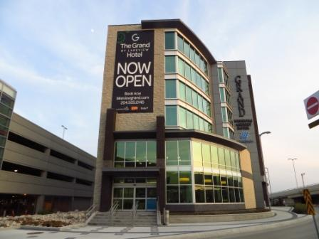 A In Toronto The Grand Winnipeg Airport Hotel By Lakeview