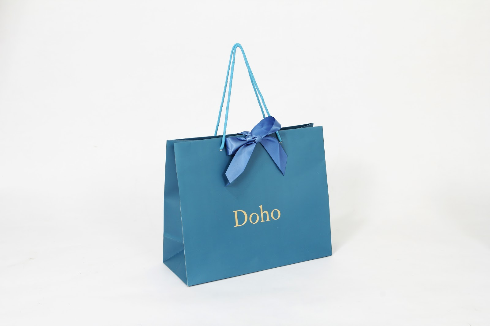 business paper bags designs Printing services malaysia offer overprinted paper bags of your favourite design onto any one attractively printed paper bag will advertise your business.
