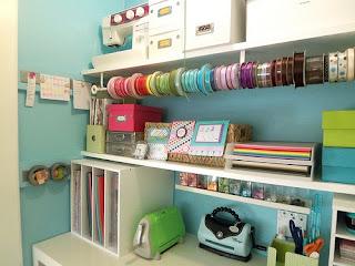 http://theorganisedhousewife.com.au/craft/17-amazing-craft-room-storage-organising-ideas/