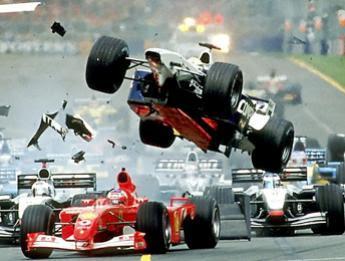 El espectacular accidente en F2 de Ricardo Texeira