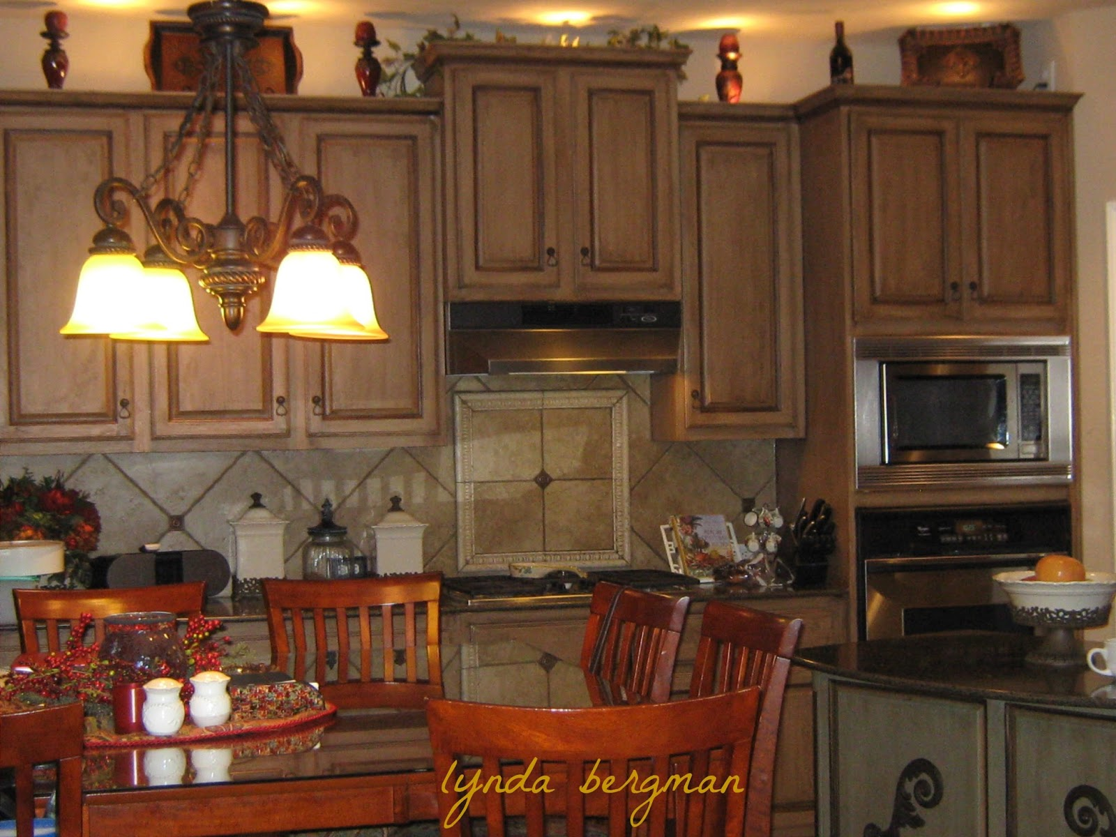 SPECIAL TUSCAN FINISH I PAINTED ON JACKIEu0027S KITCHEN CABINETS REVISITED