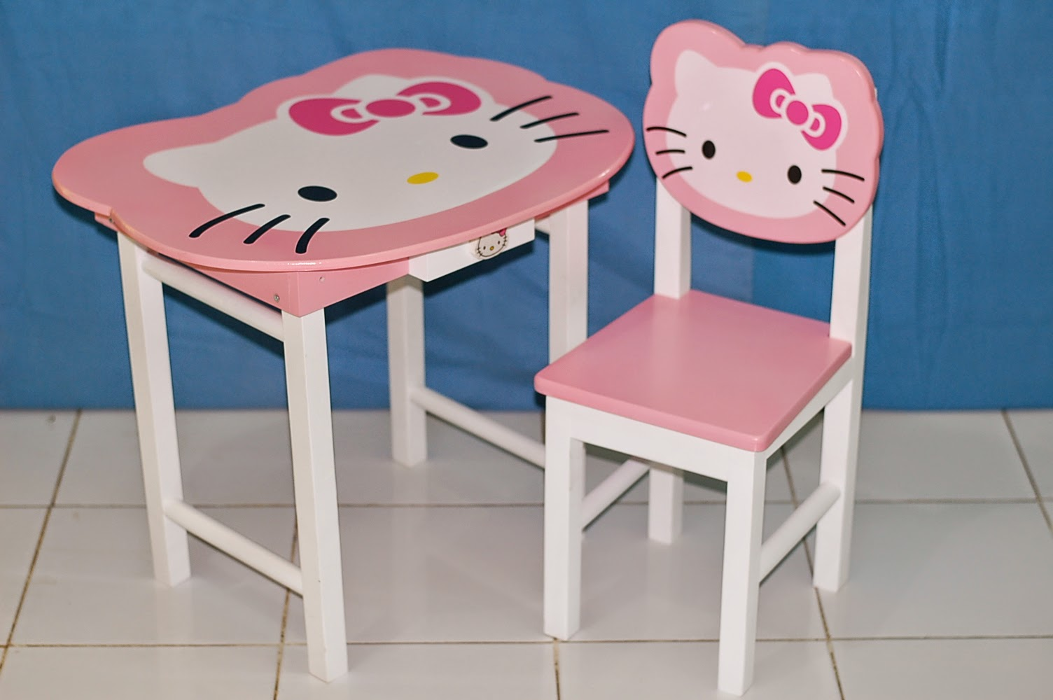 Perabot Pelengkap untuk Kamar Si Kecil