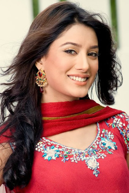 Mehwish Hayat Photos