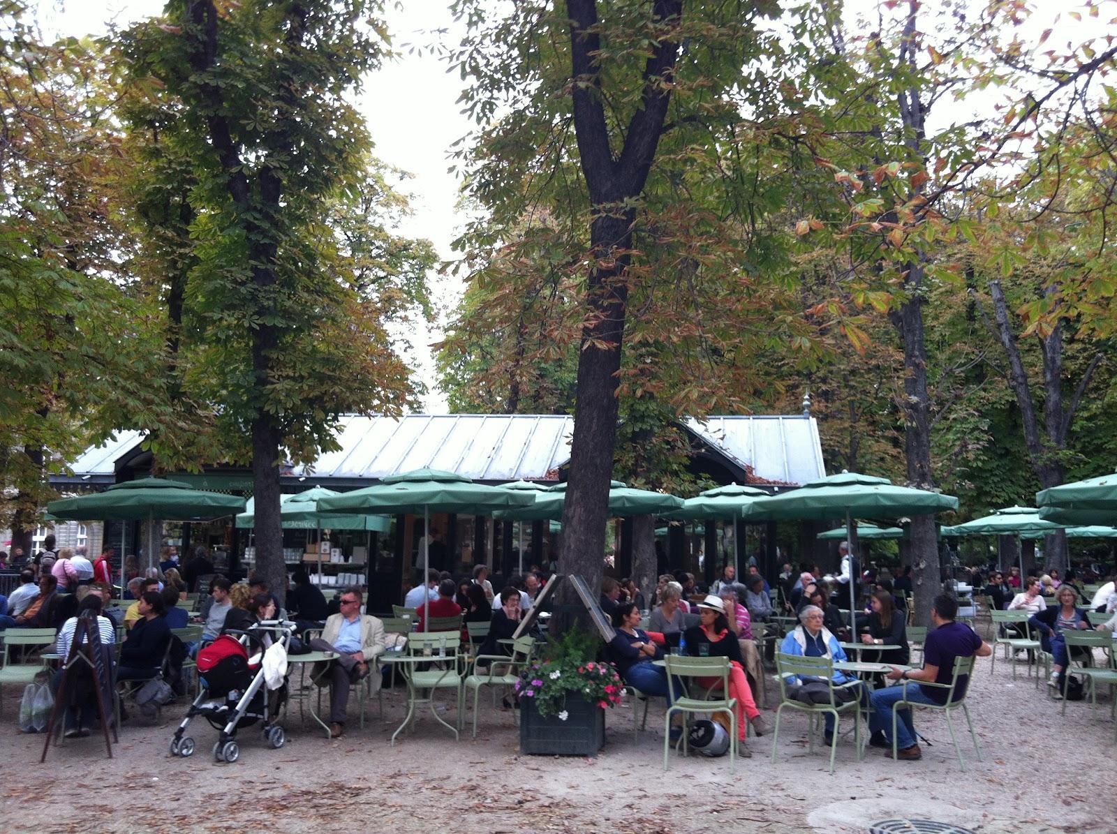 Le pavillon de la fontaine au jardin du luxembourg for Au jardin du luxembourg