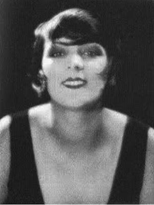 "Ricordando Kiki la regina di Montparnasse : storia della scandalosa Alice Prin | ""La Burbuja Rosa"""