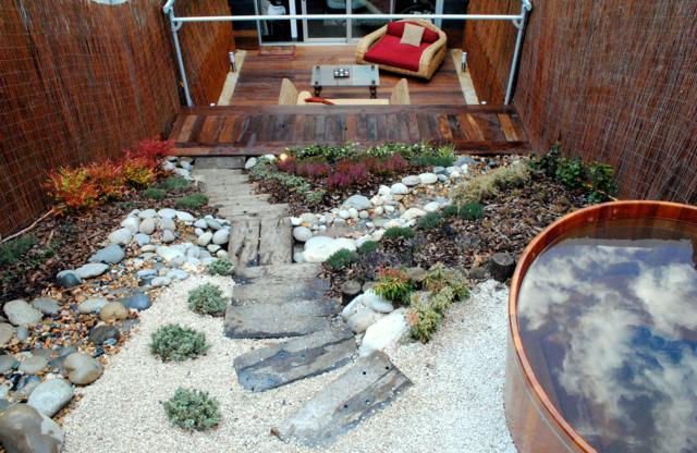 Jard n en pendiente jardines con alma for Jardines en pendiente