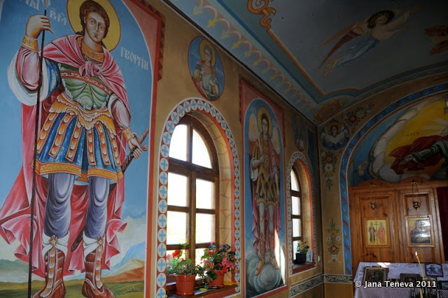 Mirkowo church inside