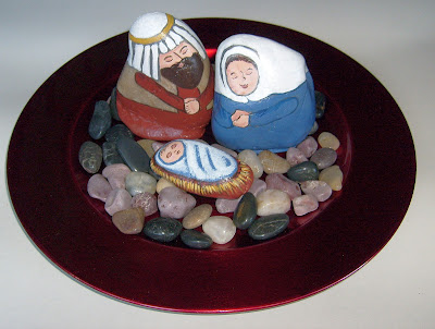unique nativity sets, painted rocks, nativity scene figures, Cindy Thomas