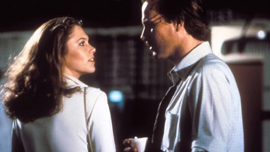 Kathleen Turner y William Hurt en 'Cuerpos ardientes'