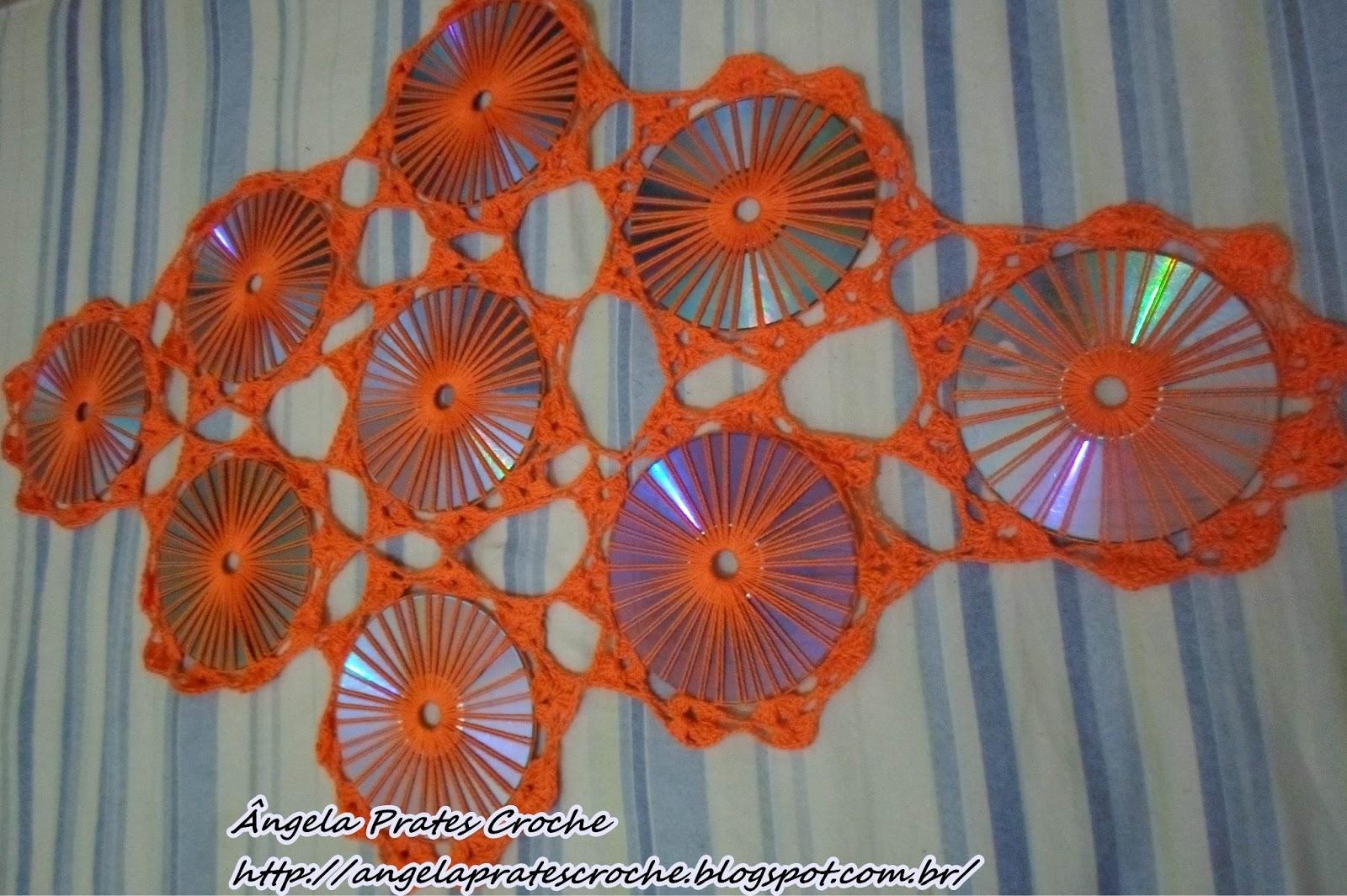 Adesivo De Gato ~  u00c2ngela Prates Croche Caminho de mesa com cds