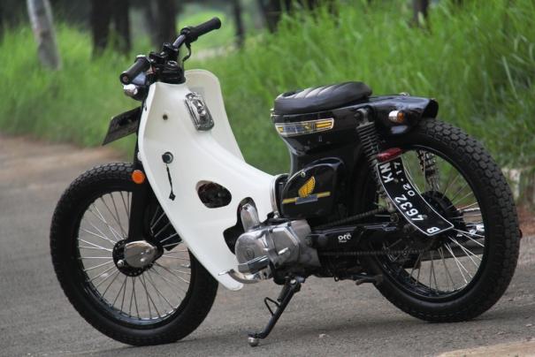 Foto Modifikasi Motor Honda 70 Retro Gokil Terbaru