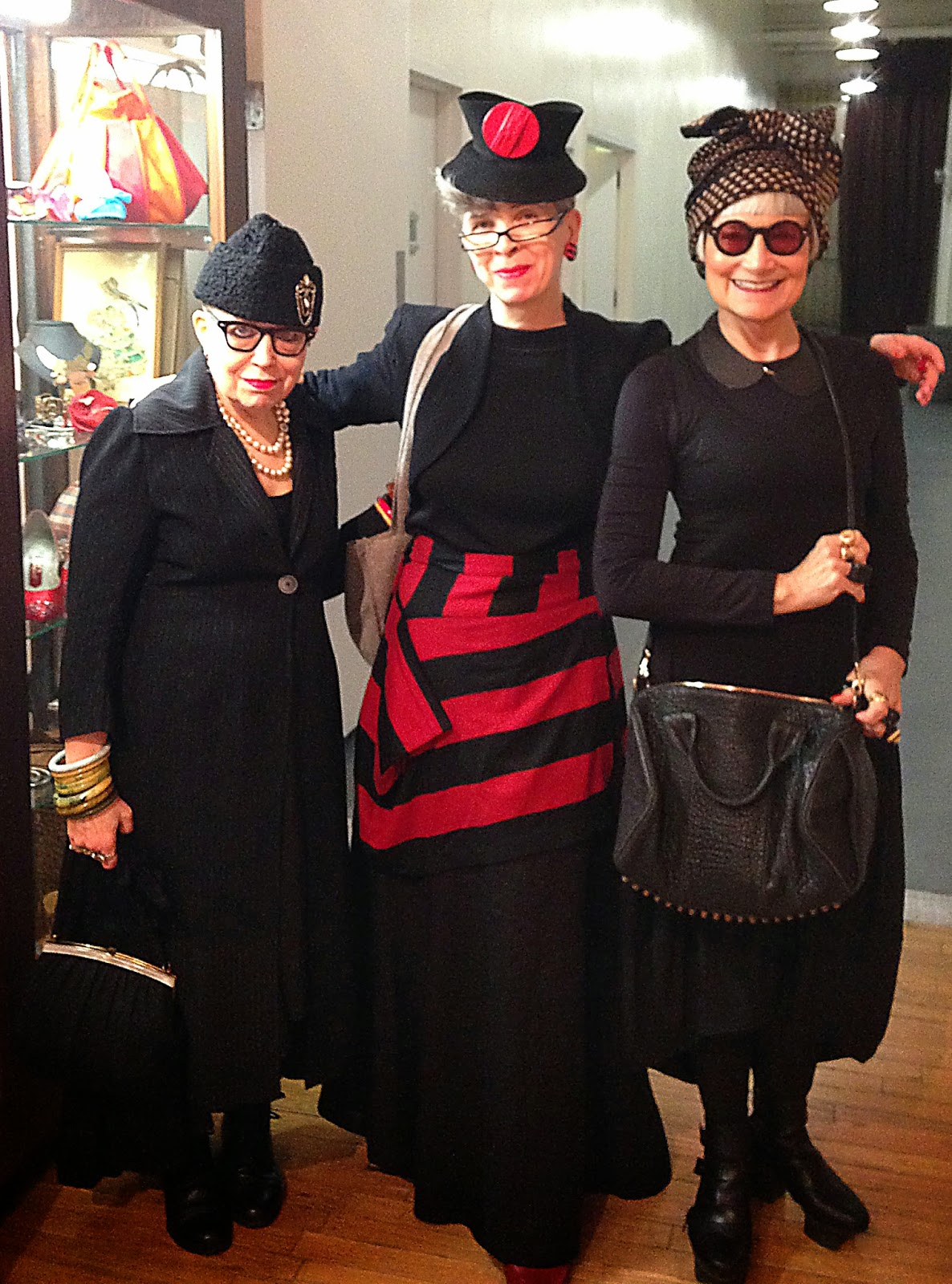 Idiosyncratic Fashionistas The Manhattan Vintage Show Can 39 T Get Enough Of That Vintage Stuff