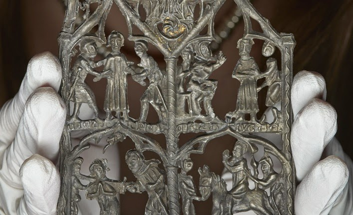 Rare Medieval devotional panel goes on display at Museum of London