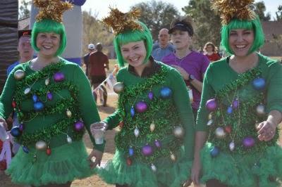 クリスマスツリーの仮装