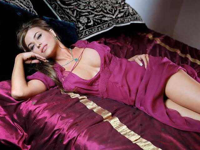 Carmen Electra sexy in dress fashion