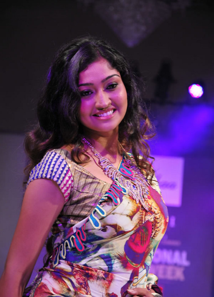 , Tamil Actress Neelima Rani Pictures on ramp
