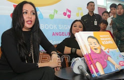 My Son Keanu Massaid Jadi Ide Buat Buku: Angelina Sondakh
