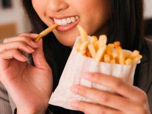 Boleh Makan Gorengan, Tapi Ikuti Tips Sehatnya