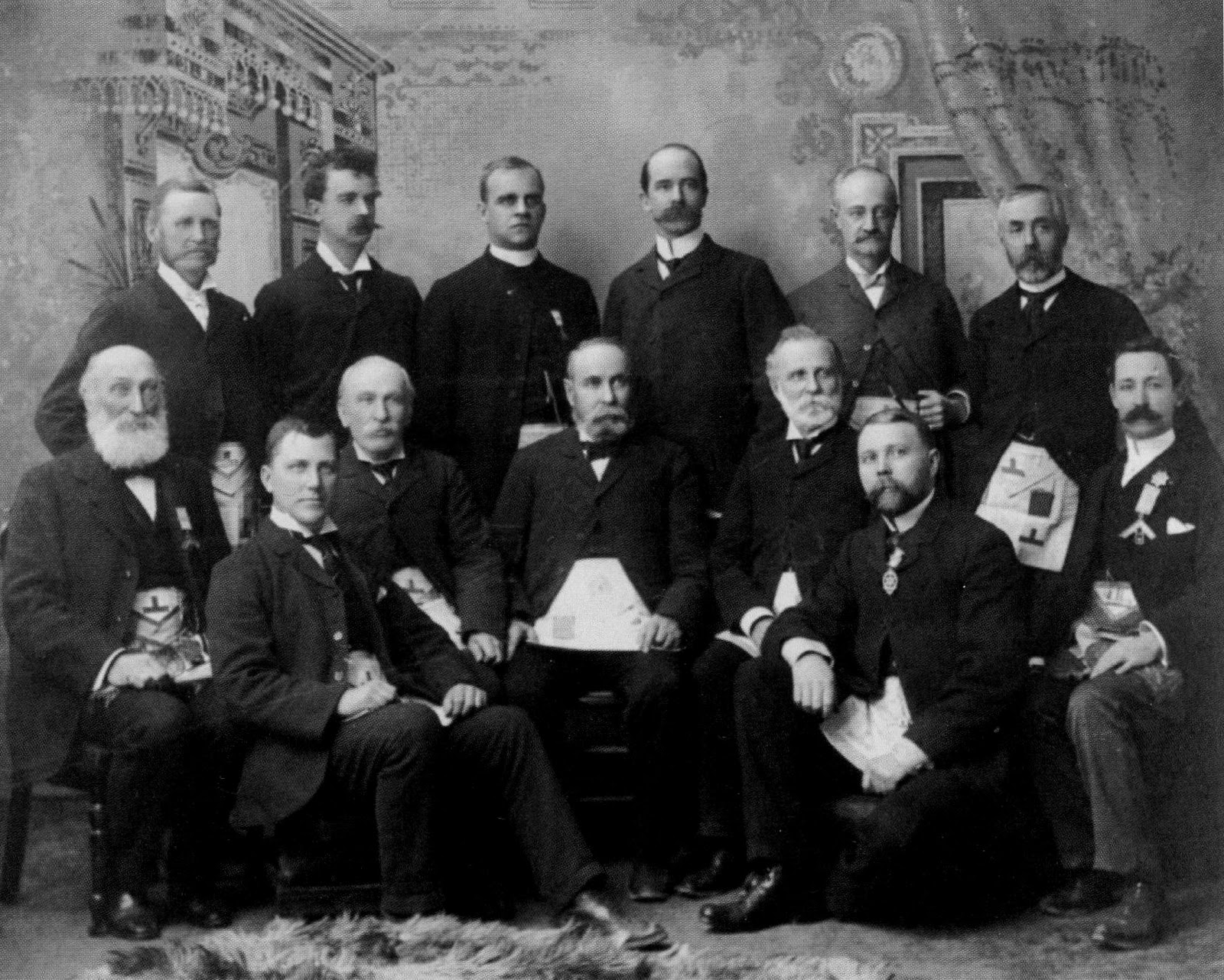The Midnight Freemasons: Lodge Secretary (For Life): A ...