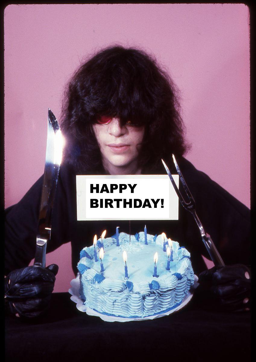 A días del cumpleaños 62 de Joey Ramone