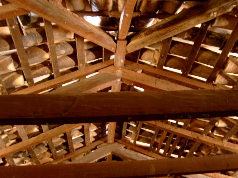 El ocotal un cielo raso de ferrocemento renovando una for Partes del techo de una casa