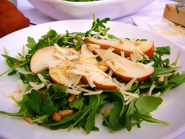 http://www.eat8020.com/2010/09/80-arugula-pear-salad.html