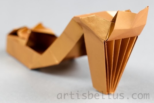 Fashion Origami: High Heel Shoes