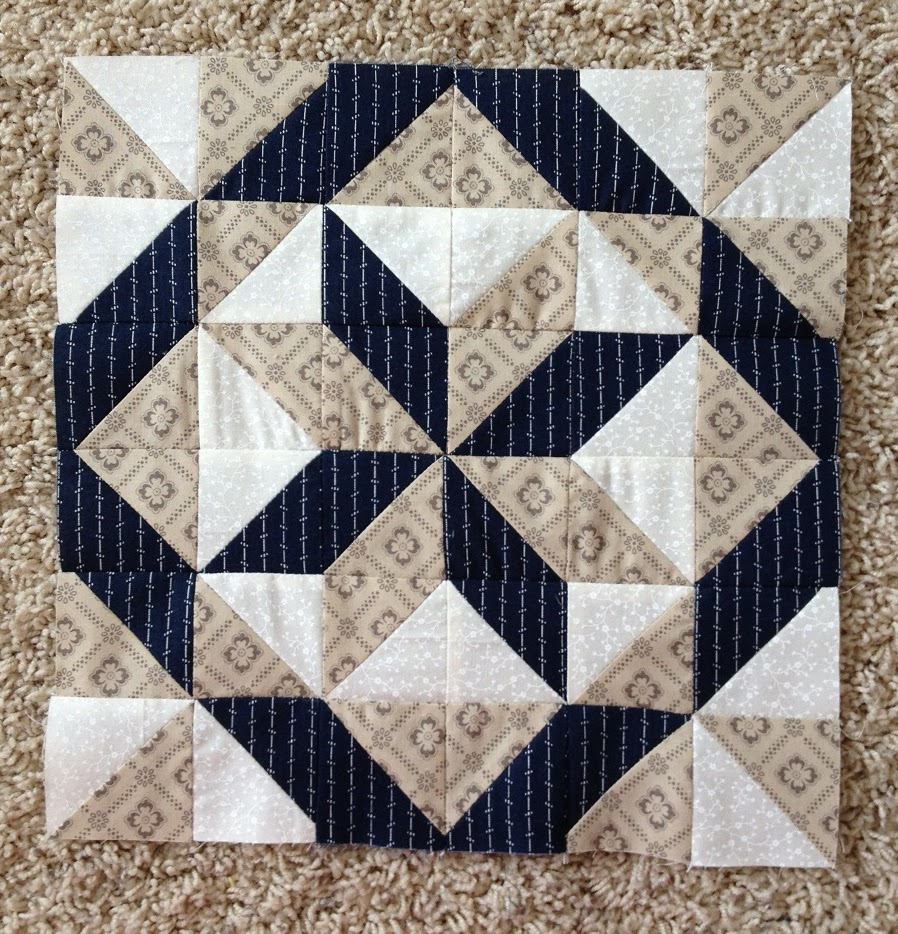 Free Quilting Block Designs : Labyrinth Quilt Block Pattern Free Quilty Pleasures Pinterest Labyrinths, Quilt Patterns ...