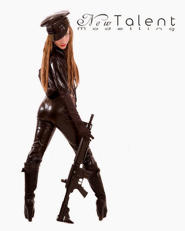 [Image: girls_with_guns_61raeqk4o1_1280.jpg]