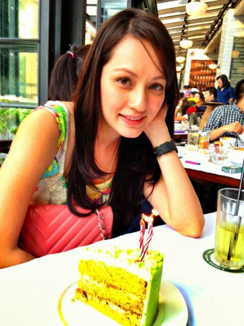 Profil Dan Foto Nadia Annuar Pacar Sammy Simorangkir !