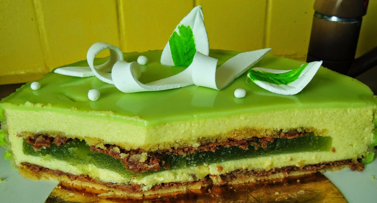 glacage gateau vert secrets culinaires g teaux et p tisseries blog photo. Black Bedroom Furniture Sets. Home Design Ideas