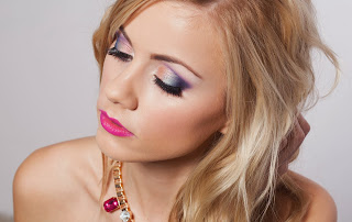 http://make-up-charm.blogspot.com/2013/12/bizuteryjne-beauty-czesc-1.html#more