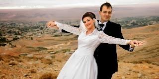 Premier mariage civil de Nidal Darwich et Khouloud Soukkarieh au Liban