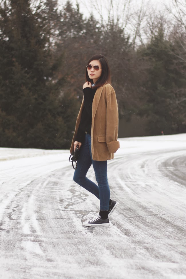 Michael Kors sweater, H&M jeans and belt, Zara bag, Converse sneaker, Mango sunglasses,Tiffany silver ring, Forever 21 golden ring, SmartWool socks, sports coat, fashion blogger style, picture in snow, fashion photograph, winter street style