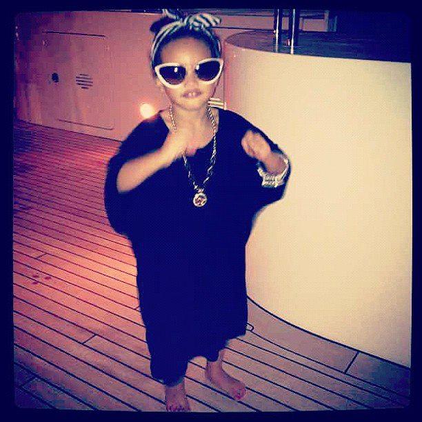 Rihanna And Her Adopted Daughter Photos: Rihanna and he...