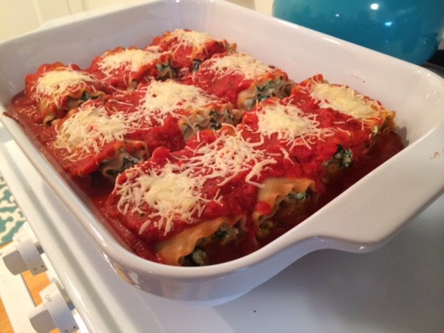 http://www.skinnymom.com/2014/01/16/skinny-lasagna-rolls/