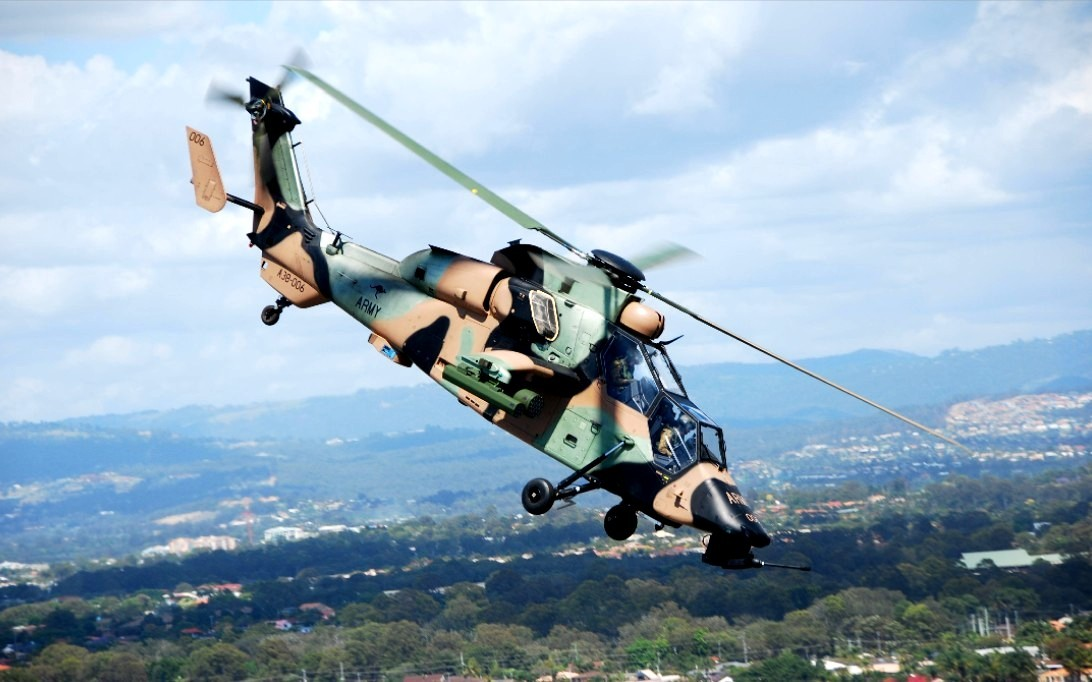 WZ-10 Attack Helicopter Wallpaper 4