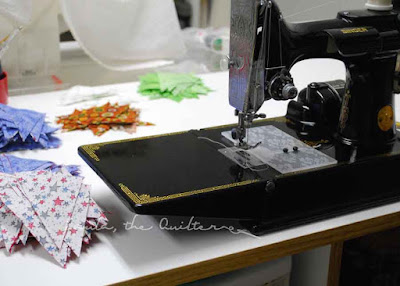 Singer Featherweight and bonus triangles