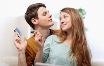 كيف تتعاملين مع زوجك المبذر - رجل بخيل - كريدت كارد كارت ائتمان - credit card
