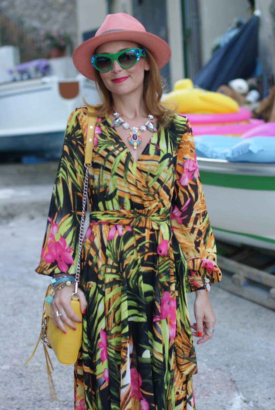 Ecua-Andino panama hat and tropical print chiffon maxi dress, summer boho style on Fashion and Cookies fashion blog, fashion blogger style