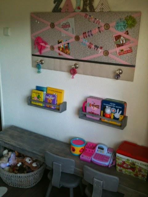 Wonen a la mar de kinderkamer is klaar - Meisjes slaapkamer decoratie ...